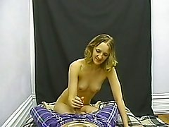 Stunning amateur porn sluttie gives hard dick a good pov blowjob