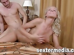 Blond Teenie very Horny