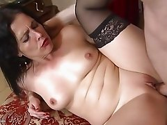 Mature Spanish madre suck and fuck big cock