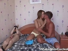 Teeny makes her boyfriend a cuckold