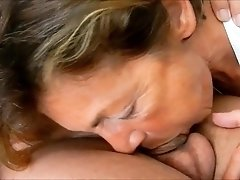 Lustful amateur granny shows off her great blowjob talents