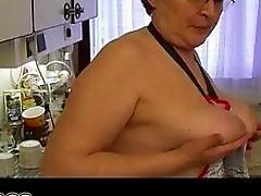 Granny masturbate hairy pussy use dildo and cucumb