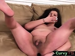 BBW tranny dildoing her ass while wanking