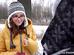 Pretty babe in glasses Gisha Forza gives her head and gets slit fucked
