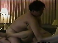 Amateur Chinese Housewife Having Sex