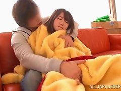 Sexy Asian bimbo giving her guy stunning blowjob in reality shoot