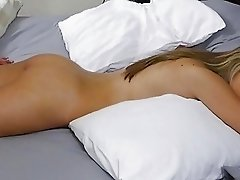 Kimmy Granger sleeping when she get fuck