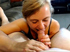 Lustful mature wife with saggy boobs gives a nice handjob