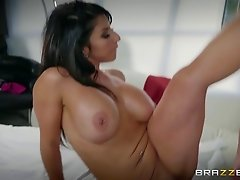 Busty Raven quickly falls in love with cock and enjoys the shagging