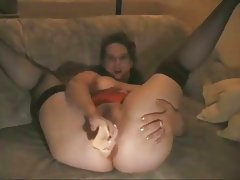 thick mature mom anal dilation with buttplug
