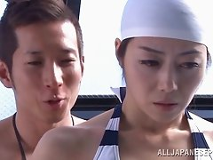 Maki Hokujo lets a dude shave her Asian pussy near a pool