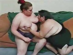 Three BBW on a couch.